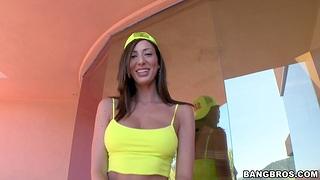 Provocative Latina Angelica Saige enjoys pleasuring a large dick