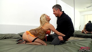Quickie fucking with busty Laura Crystal ends with cum in brashness
