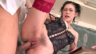 Mature moans with young inches in her trimmed cherry