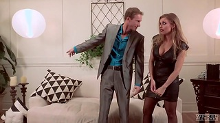 Unforgettable date with fucking awesome milf Britney Amber