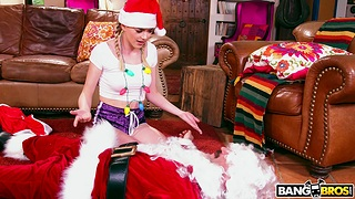 Closeup video for naughty couple having a Christmas mad about - Anny Aurora